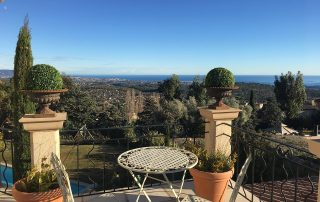 Terasse Gartentisch Villa Euthymia Südfrankreich Côte d'Azur