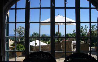 Fenster Blick Villa Euthymia Südfrankreich Côte d'Azur